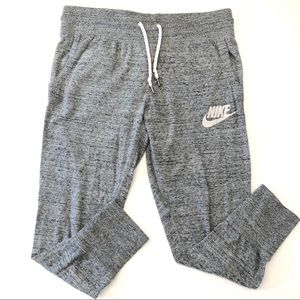 Women's Nike Crop Jogger Sweatpants